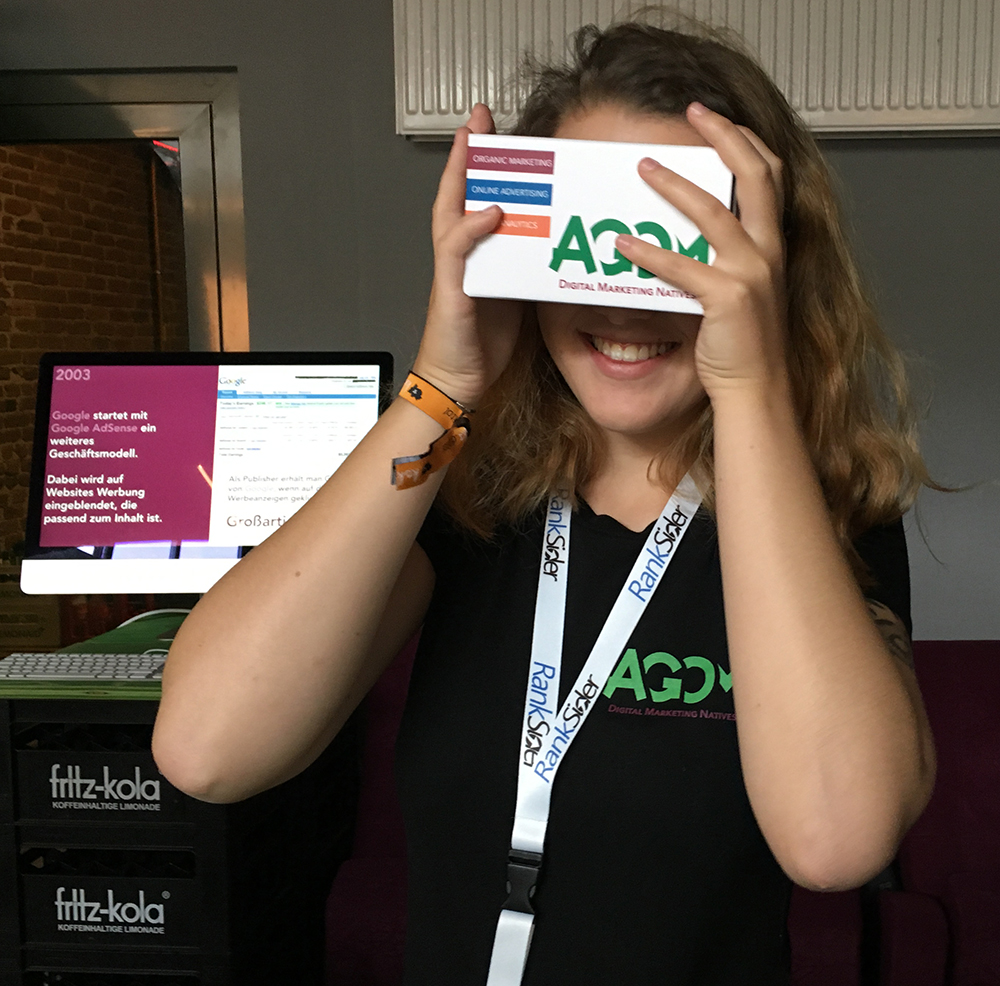 koksdigital-2017-agom-vr-cardboards